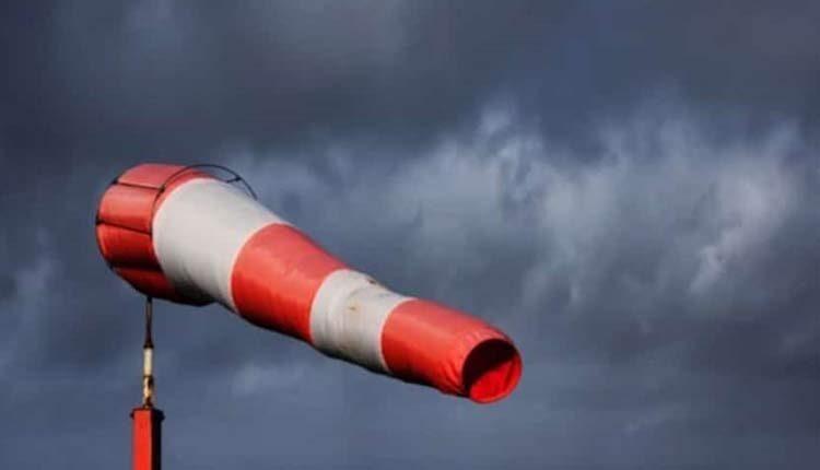 امروز مرکز کشور با افزایش شدت باد مواجه میشود