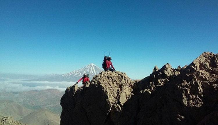 صعود به قله رخش کوهی در رشته کوه قره داغ