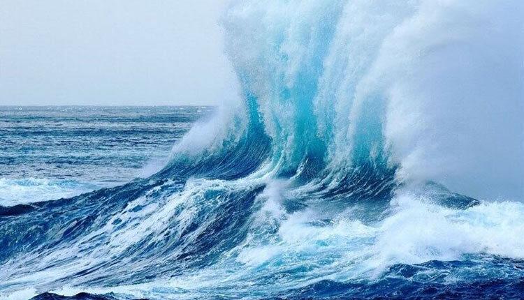افزایش ارتفاع موج در سواحل جنوبی کشور
