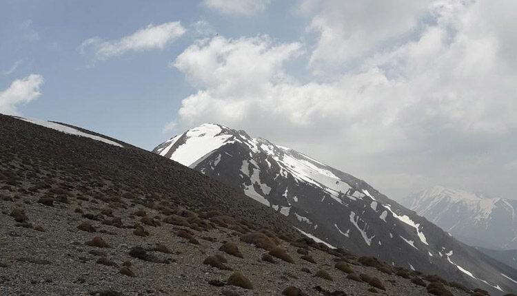 رفتن به قله لاسم کوهی در رشته کوه دوبرار