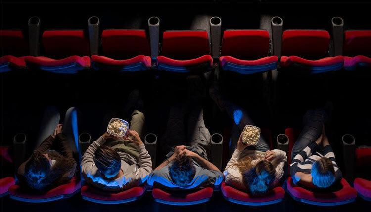 تماشاگران سینما و ورود آنان به دنیایی متفاوت
